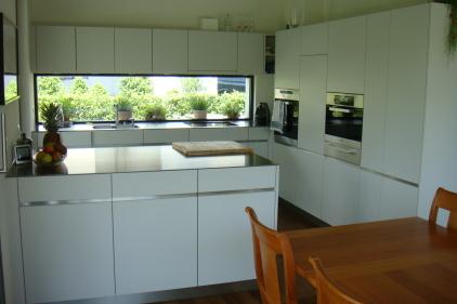 einfamilienhaus am fegetzhofweg 1 solothurn arnet architektur ag solothurn. Black Bedroom Furniture Sets. Home Design Ideas
